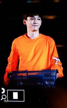 Jong dae Exo Chen orange color cute  sexy