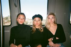jennxpaige ♔ - ⚡️Everything is coming together ⚡️ - Best Friend Goals, Best Friends, Pretty People, Beautiful People, Fotos Goals, Mademoiselle, How To Pose, Girl Gang, Flash Photography