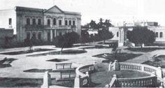 Parque de los Novios año 1942 #SantaMartaDelAyer Santa Marta, Mansions, House Styles, Parks, Cities, News, Hair, Boyfriends, Places