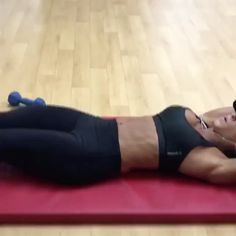 """By @kyritchfit """"Here's one to throw into your workout today and for sure to leave your abs on 🔥! Try for 10 reps with the first ✌🏼…"""
