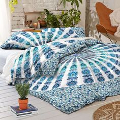 Duvet Fits a Queen Size Comforter. - MADE IN INDIA:-Beautifully Hand Crafted By Local Artists - A wonderful example of Indian craftsmanship. - Blue on Ivory (No two alike - shades of blue will vary) -