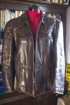 Beautiful Vtg 30s GERMAN Horsehide leather Jacket Luftwaffe Officers  Medium. Vintage Condition. No holes. CuirVeste En Cuir VintageLe Cuir Pour  HommesVestes ... 1b0fb03c5b1