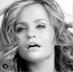 "#EresBuenAmanteCuando ""Sabes perfectamente lo que uno quiere a gritos entre grandes silencios..."" ❤😍#auracristina #tbt #love #sexy #loveyourself #like4like #instagood #introspection #intimity #sex #moments❤"