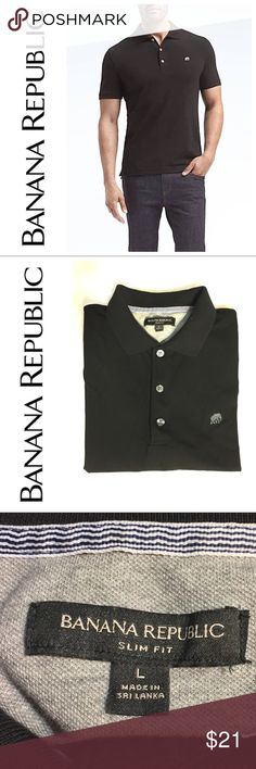 """Men's! Black BR polo-style shirt/golf shirt Men's Banana Republic black collared polo style shirt/Golf shirt. Slim fit, size Large. When laid flat, it measures about 20"""" across waist (and pit-to-pit.) Worn once: my boyfriend decided after wearing it for two hours that he prefers a fuller, classic fit. His loss, your gain! 🚫NO TRADES! Banana Republic Shirts Polos #golfshirts"""