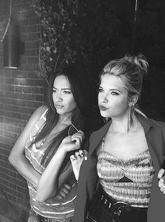 Shay Mitchell & Ashley Benson - Pretty Little Liars