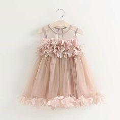 Cheap girls dress, Buy Quality princess dress directly from China baby girl dress Suppliers: Girls Dress 2017 New Summer Mesh Baby Girl vestidos Clothes Pink Applique Princess Dress Children Summer Clothes Baby Girl Dress Fashion Kids, Baby Girl Fashion, Princess Fashion, Spring Fashion, Little Girl Dresses, Girls Dresses, Dresses For Babies, Dress Girl, Pink Dress