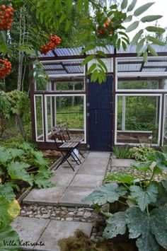 Villa Kotiranta: Avoimet puutarhat -päivä, osa 4: Minnan & Karin puutarha… Villa, Fork, Villas, Mansions