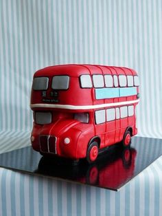 London bus  Cake by HaveSomeSugar
