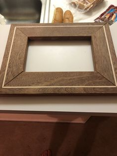 Ipe with maple inlay picture frame Cool Woodworking Projects, Diy Wood Projects, Craftsman Frames, Barn Wood Picture Frames, Diy Frame, Furniture, Ideas, Wooden Frames, Wood Crafts