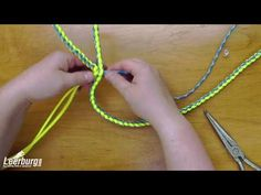 How To Make A Paracord Dog Leash – www.Paracordo.com