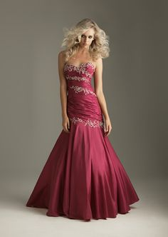Wholesale Online Wedding Shop of Absording Dark Red Ballgown Strapless Sweetheart Appliques Decorated Ruched Prom Dress