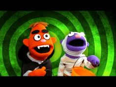 Halloween is fun! Zach and Reggie sing about what they love about Halloween. Another original Halloween song from Pancake Manor. Halloween Songs, Halloween Activities, Cute Halloween, Holidays Halloween, Halloween Crafts, Preschool Halloween, Holiday Activities, Halloween Ideas, Fun Classroom Activities