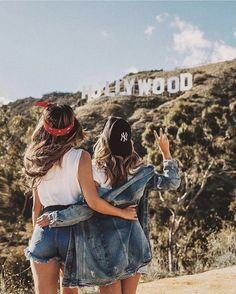 Discovered by Find images and videos about friends, friendship and bff on We Heart It - the app to get lost in what you love. Photos Bff, Bff Pics, Best Friend Photos, Best Friend Goals, California Pictures, California Tumblr, Tumblr Bff, Shotting Photo, Best Friend Photography