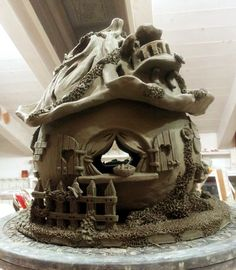 #lampada traforata a forma di #casetta by @Marta Draper Draper