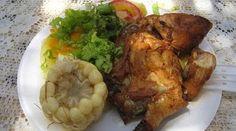 Pollada - Comida Peruana Peruvian Dishes, Peruvian Cuisine, Peruvian Recipes, Carne, Chicken Recipes, Dinner Recipes, Turkey, Treats, Vegetables