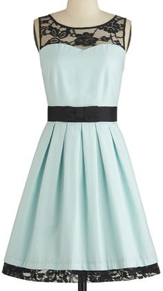 #Mint & black lace dress http://rstyle.me/n/gadaznyg6