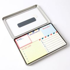 Don't forget a single thing with these retro office sticky notes. Remember appointments, your to-do list, and other daily essential information.