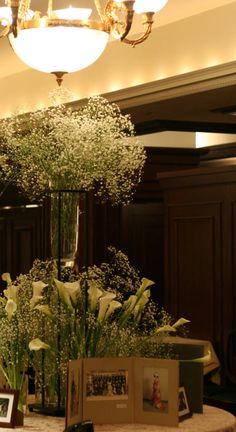 シェ松尾青山サロン様の装花 かすみ草とカラー : 一会 ウエディングの花
