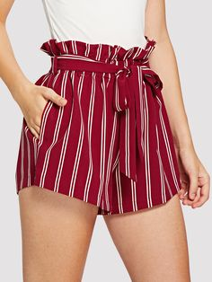 Casual Striped Loose Elastic Waist High Waist Red Belted Ruffle Waist Striped Shorts with Belt - Street Style Girls - Casual Skirt Outfits, Cute Summer Outfits, Stylish Outfits, Cute Shorts, Striped Shorts, Ruffle Shorts, Flowy Shorts, Loose Shorts, Red Shorts