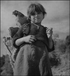 "Werner Bischof ""Girl with chicken"", Greece 1946 Old Pictures, Old Photos, Eugene Richards, Helen Levitt, Robert Frank, Paris Match, Magnum Photos, Athens Greece, Crete"