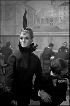 Deborah Dixon in a trattoria in Trastevere, photo by Frank Horvat  1962