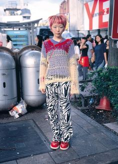 Discover recipes, home ideas, style inspiration and other ideas to try. Japan Street Fashion, Tokyo Fashion, Harajuku Fashion, Harajuku Girls, Fashion 2020, India Fashion, Fashion Casual, Grunge Fashion, Fashion Women