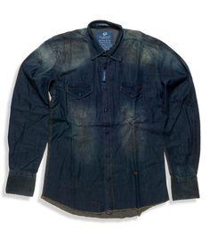 a3b91432fc55 Ανδρικό τζιν πουκάμισο σκούρο μπλε ελαφρώς ξεβαμμένο με καφέ εξώγαζα 100%  βαμβακερό. Η τάση
