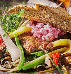 Slaa til med en saftig elgburger - Søk Tacos, Pizza, Beef, Food, Meat, Essen, Meals, Yemek, Eten