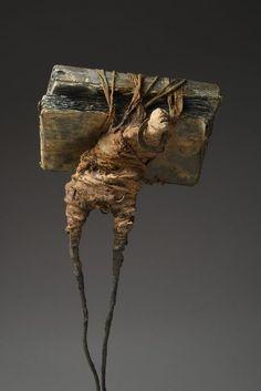 A Sculpture Is Trying to Talk Here Mixed Media Sculpture, Art Sculpture, Art Actuel, Modern Art, Contemporary Art, Art Du Monde, Creation Art, Inspiration Art, Wire Art