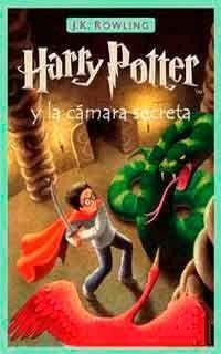 Tras derrotar una vez más a Lord Voldemort, su siniestro enemigo en Harry Potter y la piedra filosofal, Harry espera impaciente en casa de sus insoportables tíos el inicio del segundo curso del Colegio Hogwarts de Magia y Hechicería. Sin embargo, la espera dura poco, pues un elfo aparece en su habitación y le advierte que una amenaza mortal se cierne sobre la escuela.