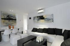 Inspiración para decoración en tonos blancos que logre mayor amplitud a tu espacio. Elegante, minimalista, classic, white, limpio, ambiente, inspo, muebles, blancos, moderno, paz, iluminación.