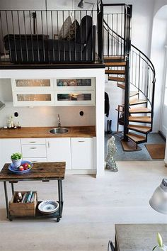 Neutral kitchen and dining room with living room in the loft - modern design || @pattonmelo