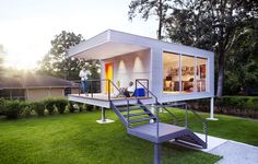 Phoenix-based ASUL teamed up with CSCP Consult and built the Think Tank home office space for a family in Savannah.