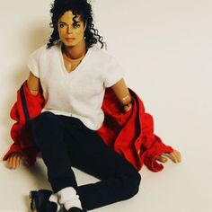 Michael Jackson figure 1988 BAD tour and Grammy awards Michael Jackson Figure, Michael Jackson Bad Era, Janet Jackson, Michael Jackson Merchandise, Invincible Michael Jackson, The Boy Is Mine, King Of Music, Jackson Family, The Jacksons
