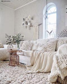 Living room furniture ♥ Home decoration online Chic Interior, Beige Living Room Decor, Home, Interior, Cozy Living Rooms, Beige Living Rooms, Boho Living Room Decor, Living Room Remodel, Boho Living Room