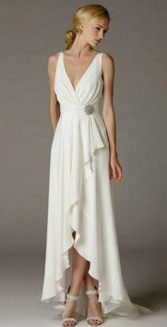 Simple Elegant High Low Wedding Dress for Older Brides Over 40, 50, 60, 70. Elegant Second Wedding Dress Ideas.