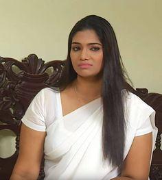 Beautiful Women Over 40, Beautiful Girl Photo, Beautiful Smile, Beautiful Birds, Beautiful Places, Beautiful Indian Actress, Beautiful Actresses, Cleavage Hot, Indian Girl Bikini