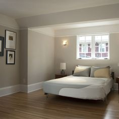 Benjamin moore natural cream nice neutral greige no pink for Paint colors with high lrv