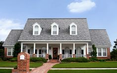 Owens Corning shingles - Peppermill grey/ Oakridge Line Roof Shingle Colors, Roof Colors, House Colors, Driftwood Shingles, Roof Repair Cost, Owens Corning Shingles, Architectural Shingles, Modern Roofing, Roof Architecture