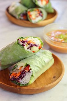 Veggie spring rolls with spicy peanut dipping sauce - vegan .- Veggie spring rolls with spicy peanut dipping sauce – vegan & gluten free Vegetarian Recipes, Cooking Recipes, Healthy Recipes, Vegan Recipes Easy Cheap, Vegetarian Wraps, Veggie Spring Rolls, Summer Rolls, Vegetarian Spring Rolls, Veggie Rolls