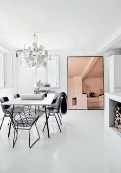 Rose-tinted mirror in Swedish interios stylist Jenny Hjalmarson Boldsen's dining… Decor Interior Design, Interior Decorating, Decorating Ideas, Tinted Mirror, Mirror 3, Pink Mirror, Rose Gold Mirror, French Mirror, Mirror Glass
