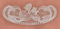 Étape finale-dentelle type Alençon / Final step- Alencon lace type