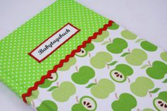 Babytagebuch Grüner Apfel von Sweet Homemade Things by christina prinz auf DaWanda.com