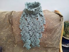 Ravelry: tenaciousLou's Leaves of green scarf