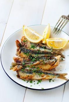 FRIED SARDINES with GARLIC, CHILE & HERBS [thecoffee-break]