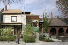 Contemporary Sustainable Euclid Avenue House by Levitt Goodman Architects Facade