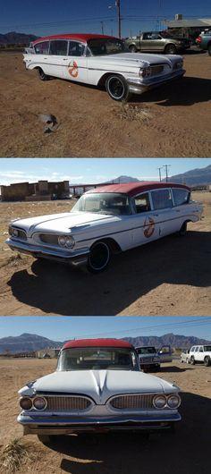 1959 Pontiac Bonneville hearse [barn find] Barn Finds For Sale, Pontiac Bonneville, Ambulance, Chevy, Engineering, Mexico, Technology