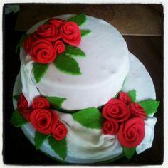 2 Stöckige Torte Cake, Desserts, Food, Pies, Food And Drinks, Tailgate Desserts, Deserts, Kuchen, Essen