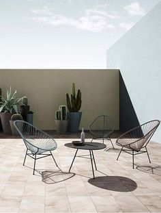 For all you minimalist lovers. Cotton corded mid century inspired, Acapulco, Mexican style chairs for your adobe or any open space. Place a few established Cactus around and thats all you need for your look. Design Wood, Ok Design, Design Ideas, Balcony Furniture, Outdoor Furniture Sets, Wooden Furniture, Furniture Vintage, Outdoor Spaces, Outdoor Living