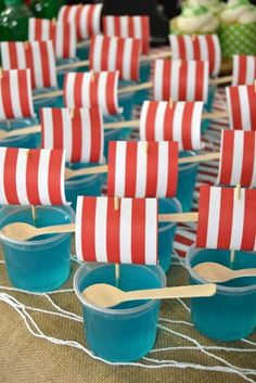 Pirate jello cups Pirate jello cups The post Pirate jello cups appeared first on Paris Disneyland Pictures. Pirate Food, Pirate Party Foods, Pirate Themed Food, Pirate Kids, Pirate Games, Pyjamas Party, Viking Party, Sailor Party, Peter Pan Party